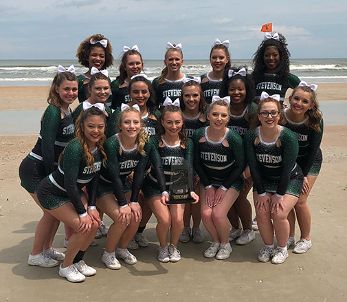 The cheer team in Daytona, 2019
