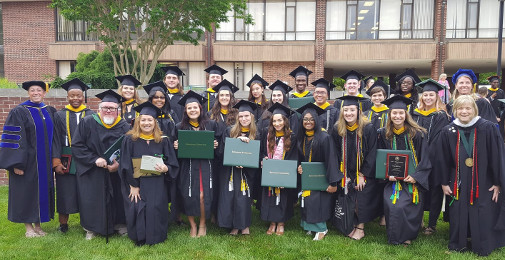 May2019grads in BizComm